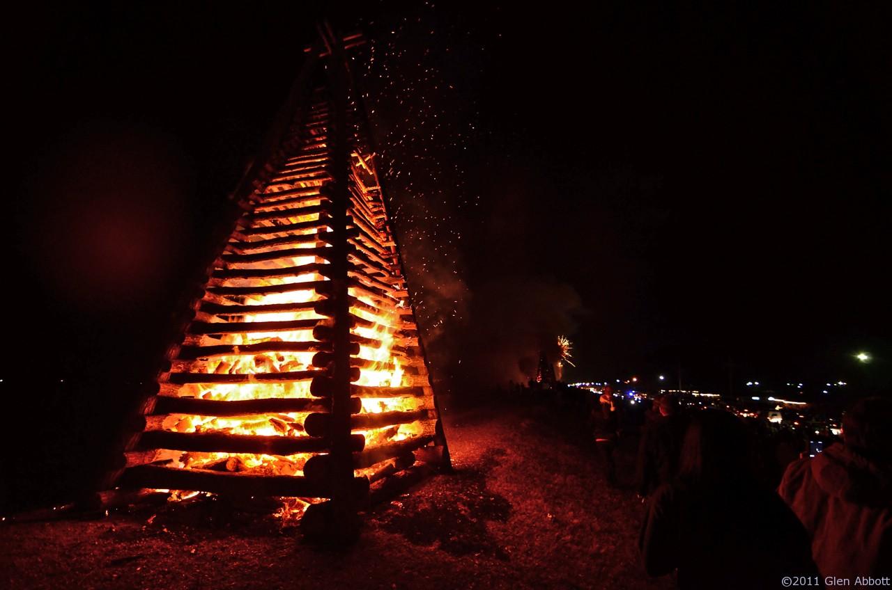 christmas eve bonfire cruise