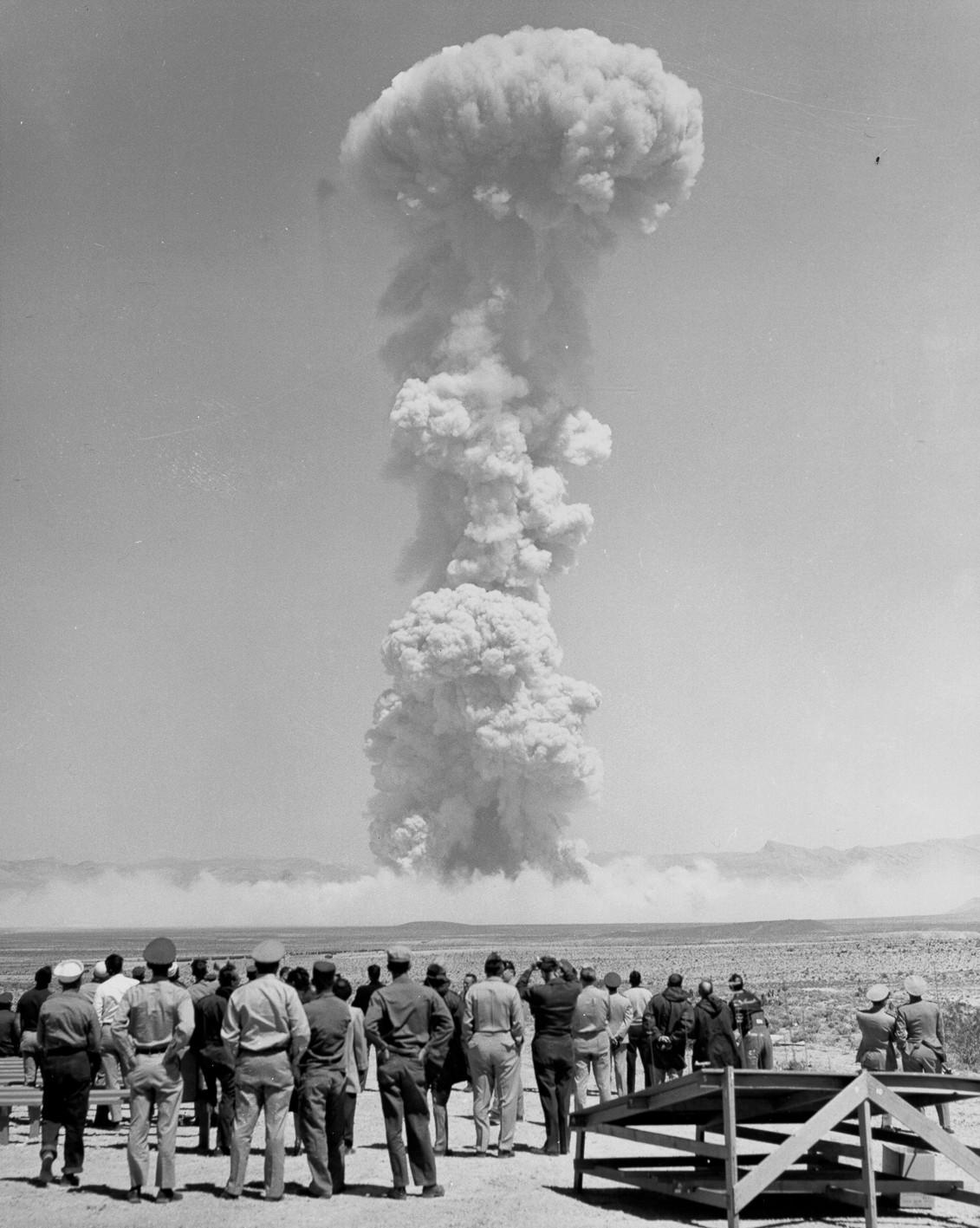 http://travelingringo.com/wp-content/uploads/2011/11/atomic-bomb-test-1955.jpg
